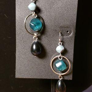 🎀NWT Green/blue earrings
